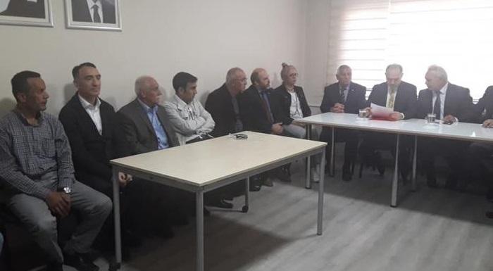 CHP Ankara Millet Vekili Levent Gök ilcemizi ziyaret etti, bu nazik ziyaretinden dolayı kendisine teşekkür ederiz.