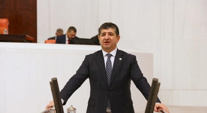 """ARI:""""SERİK SAHİLERİNİN HALKIN ELİNDEN ALINMASINDAN AKP'Lİ BELEDİYE SORUMLU"""""""