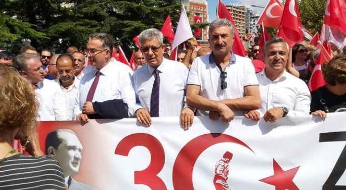 BURSA'DA ZAFER BAYRAMI COŞKUSU!