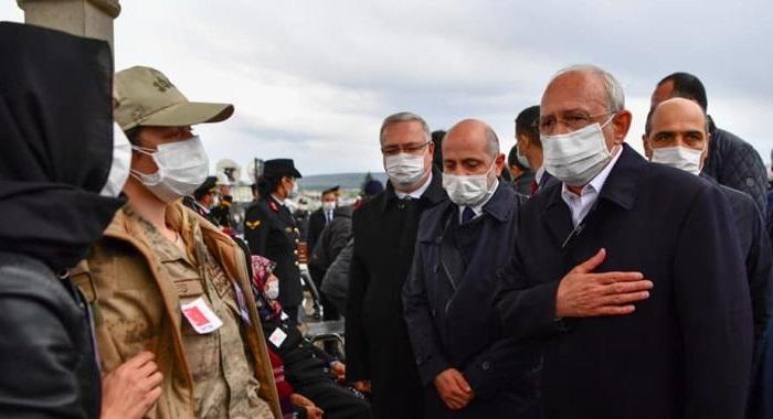Genel Başkanımız Sn. Kılıçdaroğlu ve Milletvekilimiz Sn. Öztunç Afşinli Şehidimizin Cenazesine Katıldı