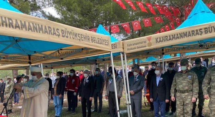 Milletvekilimiz Sayın Ali Öztunç ve İl Başkanımız Sayın Esat Şengül Siirt'te Şehit Olan Uzman Onbaşı Bekir Gündeş'in cenazesine katıldı.
