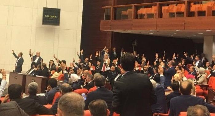 MECLİS'TE FINDIK ÜRETİCİSİNİN İDAM FERMANINA  KALKAN ELLER...