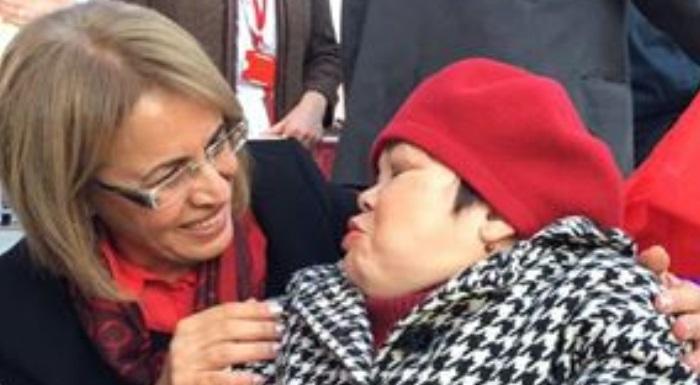 "KADIN KOLLARI GENEL BAŞKANI FATMA KÖSE ""SEVGİ VARSA, ENGEL YOK"""