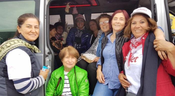 Düzce'den #AdaletYürüyüşümüz e destek veren dostlarla kısa bir molanın ardından yola devam