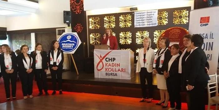 Bursa İl Kadın Örgütümüzün düzenlemiş olduğu III. Geleneksel Cumhuriyet Bayramı Kadın Buluşması'nda çok değerli kadın dostlarımızla bir araya geldik.