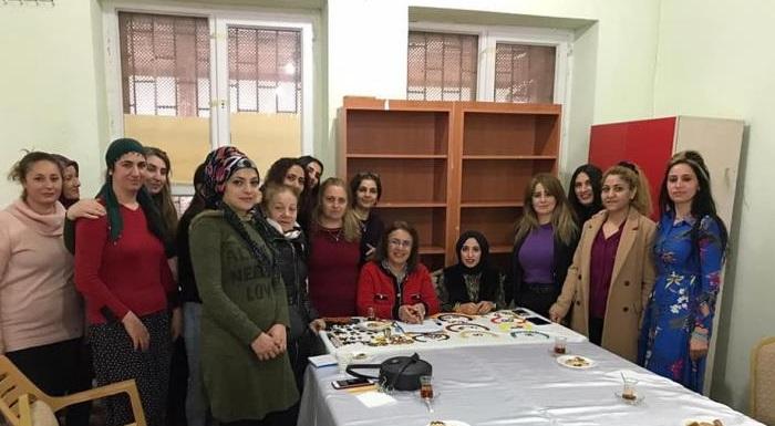 Pertek'te birçok zorluğa karşı mücadele eden ve kendi ayakları üzerinde durma çabasındaki kadınları ziyaret ettik.
