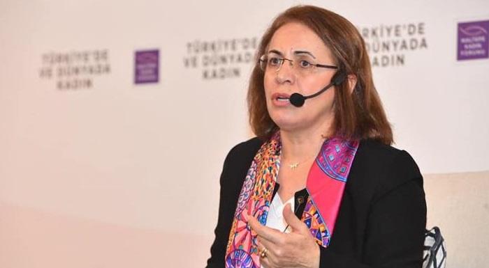 """Maltepe Kadın Forumu'nda """"Kadının Ekonomiye Katılımı"""", """"Eğitim ve Fırsat Eşitliği"""", """"Siyasette Kadın Temsiliyeti"""" konularını konuştuk."""
