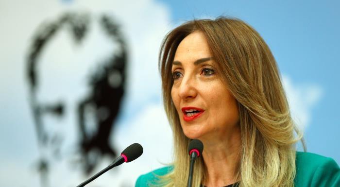 CHP Kadın Kolları Genel Başkanı seçilen Nazlıaka yeni dönemde yapacaklarını Cumhuriyet'e anlattı: Kadının gücünü görecekler
