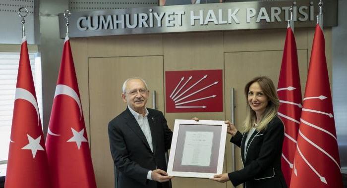 CHP Genel Başkanımız Kemal KILIÇDAROĞLU, CHP Kadın Kolları Genel Başkanı Aylin NAZLIAKA ve MYK üyelerini kabul etti.