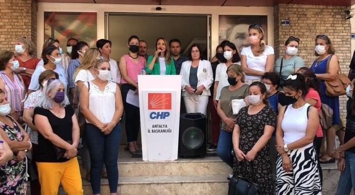 Cumhuriyet Halk Partisi Kadın Kolları Genel Başkanımız Aylin Nazlıaka, Manavgat'a giderek yangın bölgesindeki yurttaşlarla buluştu. CHP Antalya İl Başkanlığı'nda basın açıklaması gerçekleştirdi.
