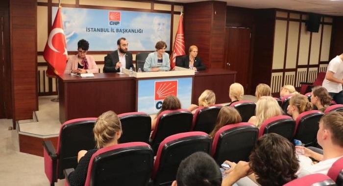Dr. Canan Kaftancıoğlu, Danimarka'lı lise öğrencileri ile buluştu.