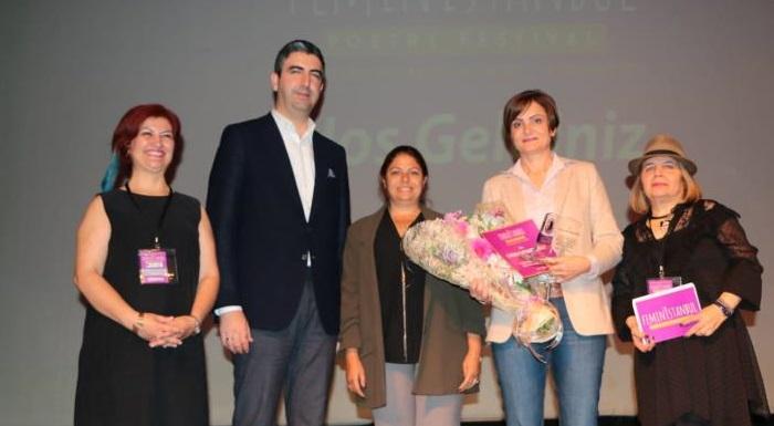 4. Uluslararası Kadın Şiirleri Festivali Onur Ödülü CHP'li Kaftancıoğlu'na verildi