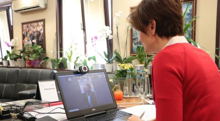 CHP'li Kaftancıoğlu, İlçe Belediye Başkanlarıyla Video Konferans Yöntemiyle Toplantı Yaptı
