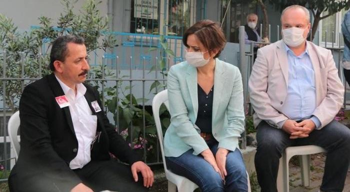CHP'li Kaftancıoğlu, Şehit Burak Aydoğan'ın Ailesine Taziye Ziyaretinde Bulundu