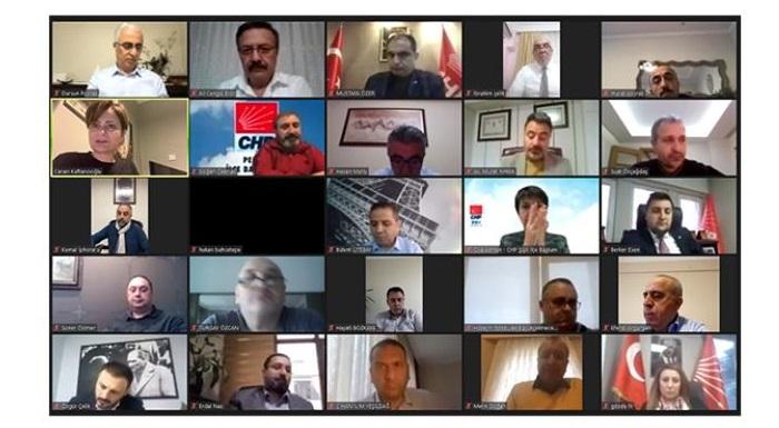 Sen Varsan Biz Varız Kampanyası Öncesi İlçe Başkanları Toplantısı Düzenlendi