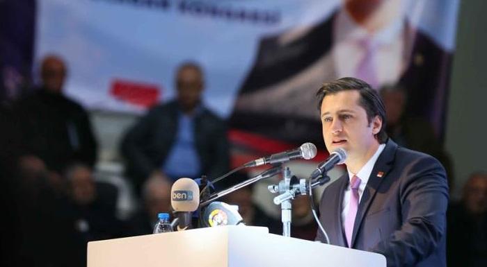 CHP İzmir İl Başkanı Yücel'den AKP'ye Sert Yanıt - FETÖ Kotası Koyup, FETÖ Borsasını Kuranlar Partimizi Kendi Karanlıklarına Çekemezler.