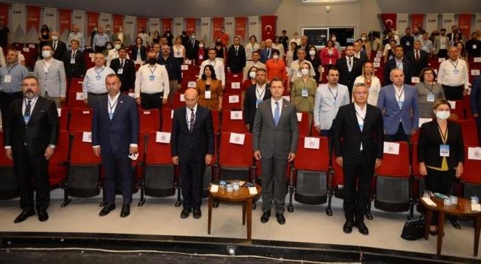 CHP İzmir Bölge Toplantısından Çarpıcı Mesajlar - Salıcı ve Böke Saray İktidarını Hedef Aldı.
