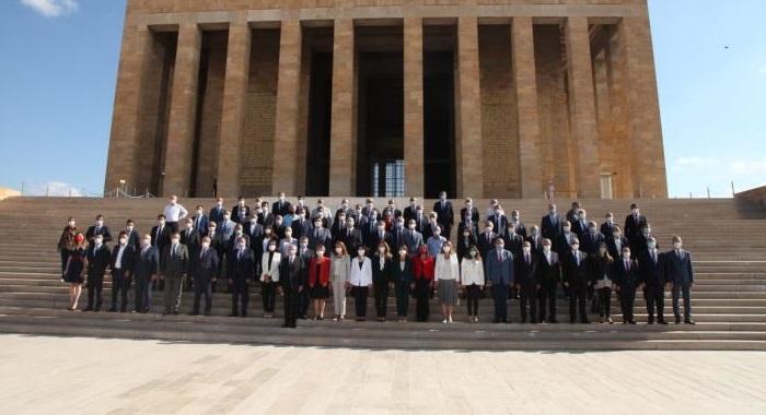 Kuruluşun ve Kurtuluşun Partisi CHP 97 Yaşında