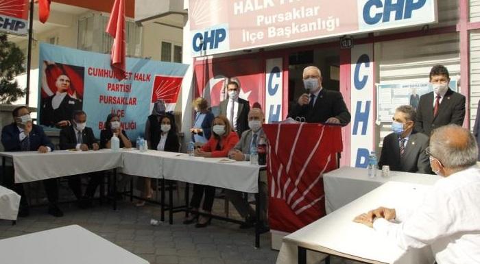 Ankara Pursaklar'da 105 kişi CHP'ye katıldı